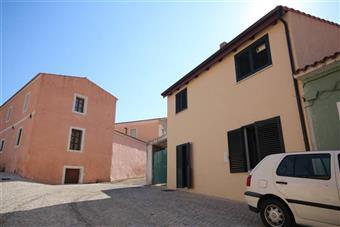 Casa singola in Via Deledda, Padru
