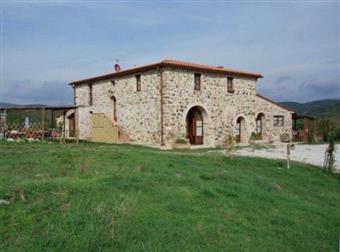 Colonica, Monteverdi Marittimo, ristrutturata