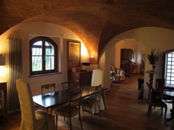 Villa, Vecchiano, ristrutturata