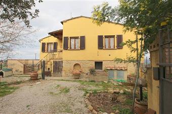 Colonica, Volterra, ristrutturata