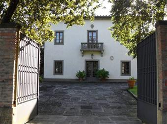 Villa, Gambassi Terme, ristrutturata