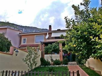 Villa a schiera, Spigno Saturnia, ristrutturata