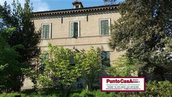 Casa singola, Centro, Pesaro, abitabile