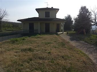 Casa singola, Pesaro, in ottime condizioni