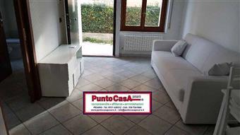Bilocale, Pantano, Pesaro
