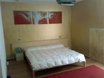 Appartamento indipendente in P.za Della Liberta' 1/3, Isola, Milano