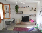 Casa semi indipendente, Isola, Ortonovo, in ottime condizioni