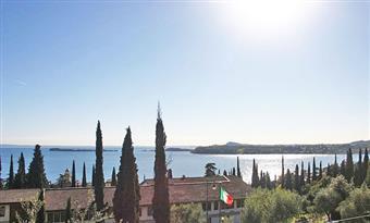 Villa, Morgnaga, Gardone Riviera, ristrutturata
