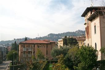 Appartamento, Zona Piscine-conca D'oro, Bergamo, in ottime condizioni