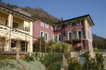 Appartamento indipendente, Renzano, Salo', ristrutturato