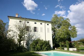 Villa, Collecchio, ristrutturata