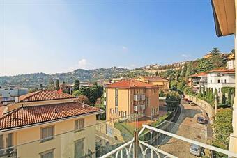Attico, Zona Piscine-conca D'oro, Bergamo, ristrutturato