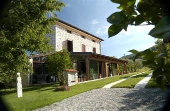 Villa, San Peretto, Negrar, ristrutturata