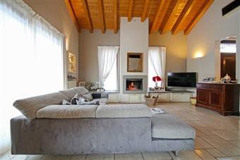 Villa, Palazzago, in ottime condizioni
