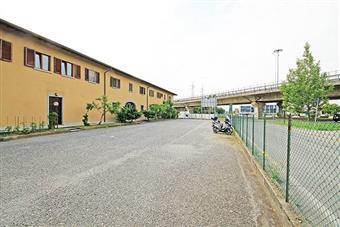 Negozio, Villaggio Sposi, Bergamo, in ottime condizioni