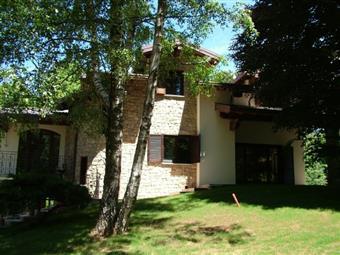 Casa singola, Ronago, in ottime condizioni