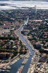 Locale commerciale in Zona Malva, Cervia