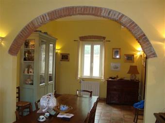 Villa, Fauglia, ristrutturata