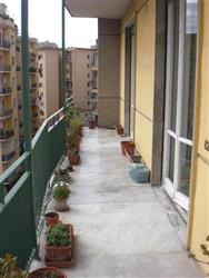 Appartamento in Via O. Caiazzo, Vomero, Napoli