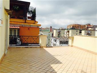 Appartamento in Via D'amelio, Vomero, Napoli