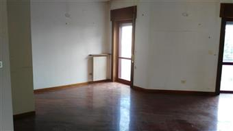 Appartamento in Via G. Garibaldi, Sparanise