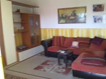 Appartamento indipendente in Via Monti Reatini, Anguillara Sabazia