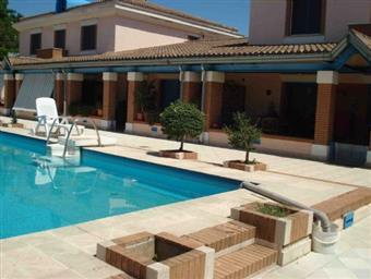 Villa a schiera, Ariccia, in ottime condizioni