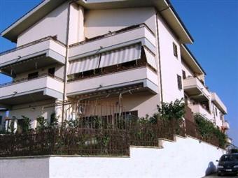 Quadrilocale, Campoleone, Lanuvio, in ottime condizioni