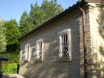Casa singola, Corinaldo, ristrutturata