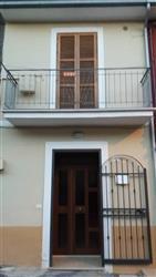 Casa singola in Via Fontanelle, Celano