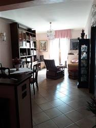 Appartamento indipendente in Sardellino, Celano