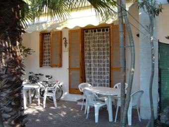 Appartamento indipendente in Villaggio Torre Saracena Via Visir, 9, Torre Dell'orso, Melendugno