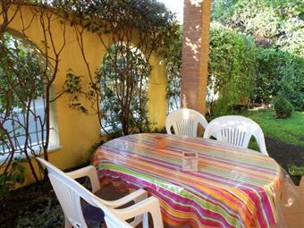 Villa a schiera in Ronchi 400mt Spiaggia, Marina Di Massa, Massa