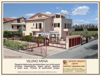 Villino in Via Lungofrigido Di Ponente, Marina Di Massa, Massa