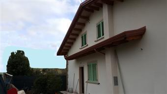 Casa singola, Marina Di Massa, Massa, in nuova costruzione