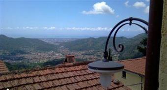 Rustico casale, Metato, Camaiore, in ottime condizioni