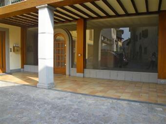Locale commerciale, Grumello Del Monte, in ottime condizioni