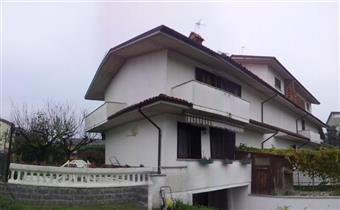 Villa, Rotta, Travaco' Siccomario, abitabile