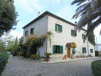 Rustico casale in Via Del Paratino, Cecina
