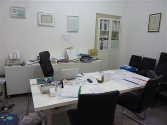 Ufficio in Piazza Della Vittoria, Centro Storico, Pavia