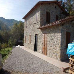 Rustico casale, Valdottavo, Borgo a Mozzano, ristrutturato