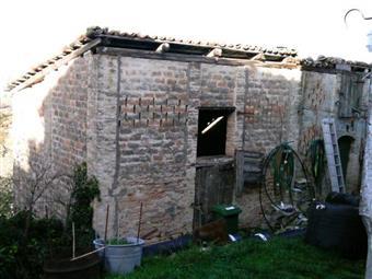 Casa semi indipendente, Buonconsiglio, Frontone, da ristrutturare