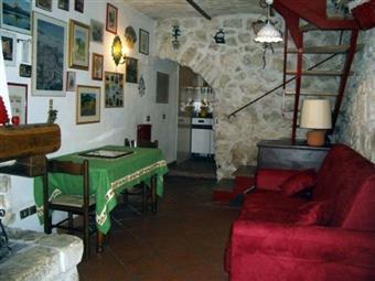 Appartamento indipendente in Via Della Fonte, Ovindoli