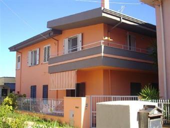Trilocale in Traversa Via Cagliari, La Caletta, Siniscola
