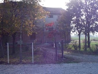 Rustico casale, Masone, Reggio Emilia, abitabile