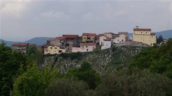 Appartamento in Via Sasso, Castel Di Sasso