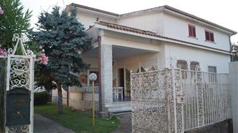 Villa in Via Roma, Dragoni