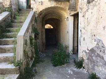 Rustico casale in Via Santa Cristina, Formicola