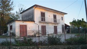 Casa singola in Via Colle, Gioia Sannitica