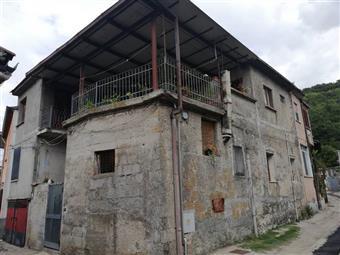 Casa semi indipendente in Maiorano Di Monte, Dragoni